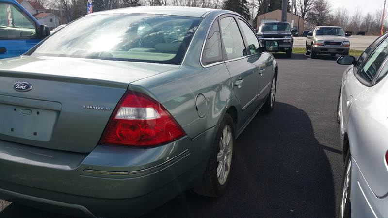 2005 Ford Five Hundred AWD Limited 4dr Sedan - Bowling Green OH