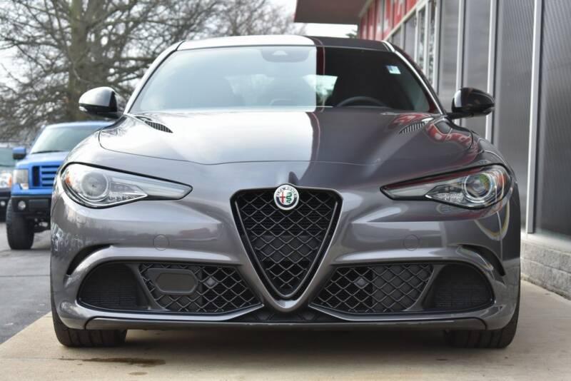 2020 Alfa Romeo Giulia Quadrifoglio (image 8)