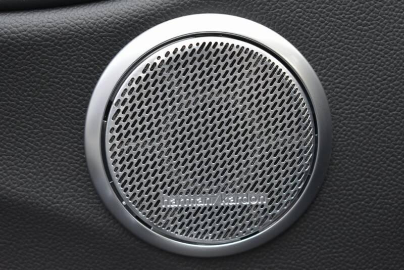 2020 Alfa Romeo Giulia Quadrifoglio (image 10)