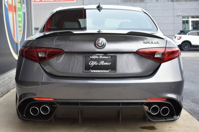 2020 Alfa Romeo Giulia Quadrifoglio (image 5)