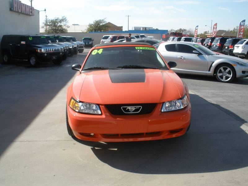 2004 Ford Mustang Deluxe 2dr Convertible - Oklahoma City OK
