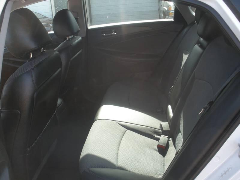 2011 Hyundai Sonata SE 4dr Sedan 6A - Oklahoma City OK