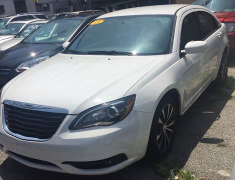 2013 Chrysler 200 for sale at GARET MOTORS in Maspeth NY