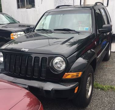 2005 Jeep Liberty for sale at GARET MOTORS in Maspeth NY