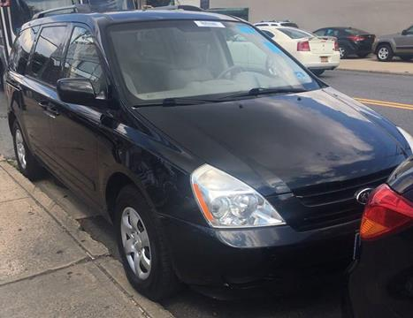 2010 Kia Sedona for sale at GARET MOTORS in Maspeth NY