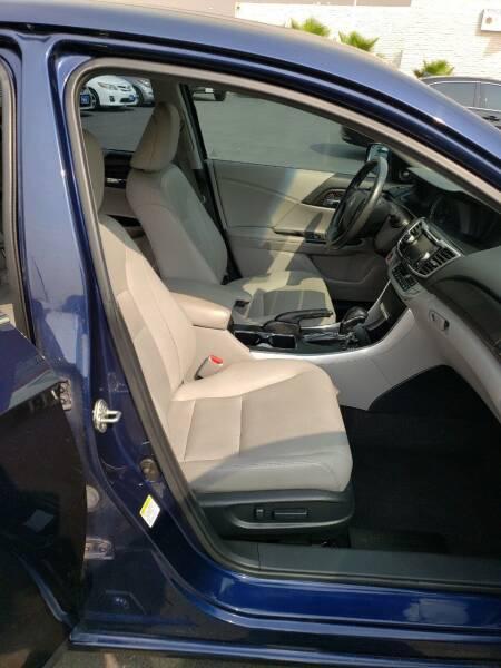 2014 Honda Accord EX-L 4dr Sedan w/Navi - Montebello CA