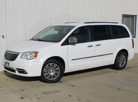 2014 Chrysler Town and Country for sale in Griswold, IA