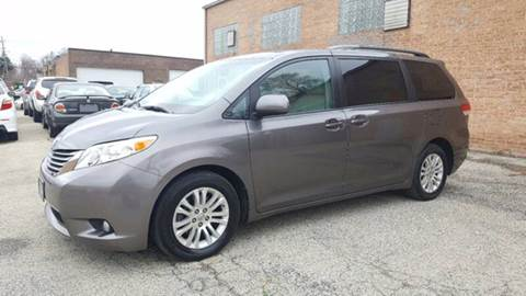 2011 Toyota Sienna for sale at 9-5 AUTO in Topeka KS
