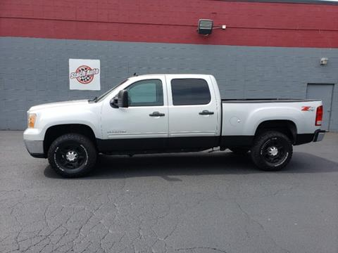 2010 GMC Sierra 2500HD for sale in Janesville, WI