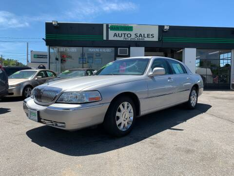 2003 Lincoln Town Car for sale at Wakefield Auto Sales of Main Street Inc. in Wakefield MA