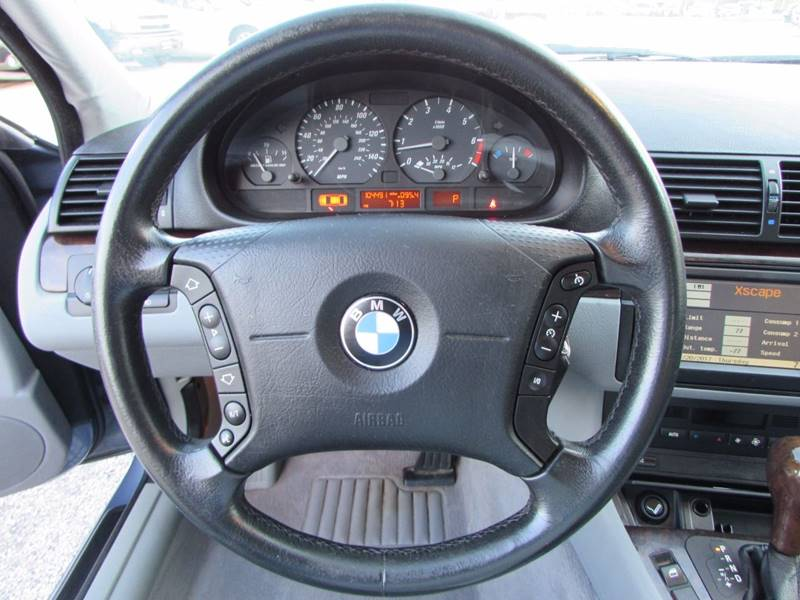 Bmw Series I Dr Sedan In Lake Villa IL R I Auto - Bmw 325i steering wheel