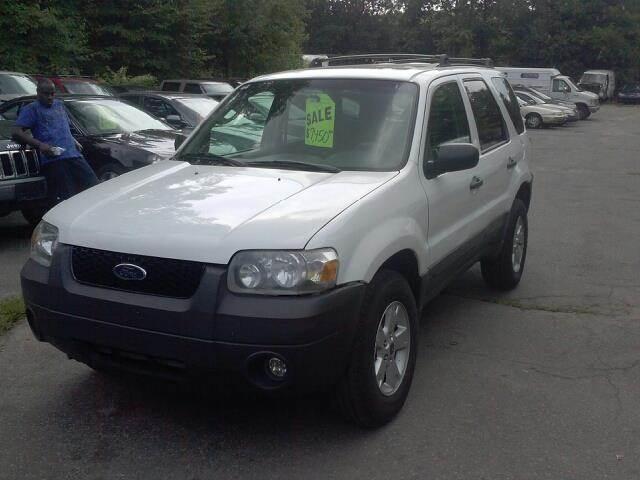 2006 Ford Escape for sale at Kimp Enterprises LLC in Waterbury CT