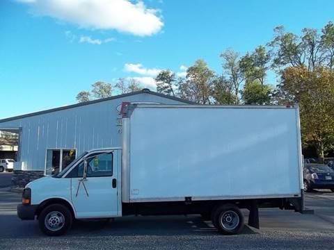 2004 GMC Savana Cutaway for sale in Greencastle, PA