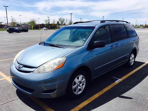 2006 Toyota Sienna for sale in Cicero, IL
