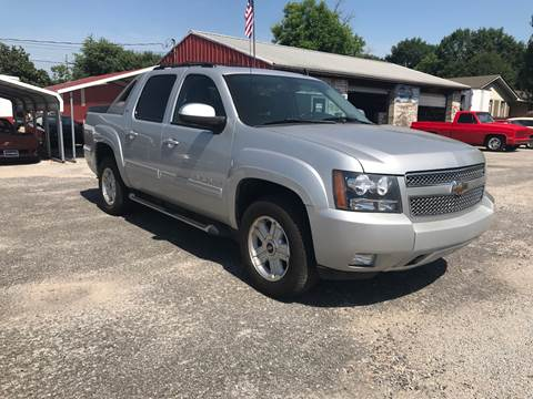 2011 Chevrolet Avalanche for sale at VAUGHN'S USED CARS in Guin AL