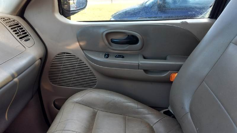 2002 Ford F-150 4dr SuperCrew XLT 4WD Styleside SB - Manton MI