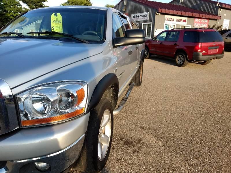 2006 Dodge Ram Pickup 1500 SLT 4dr Quad Cab 4WD SB - Manton MI