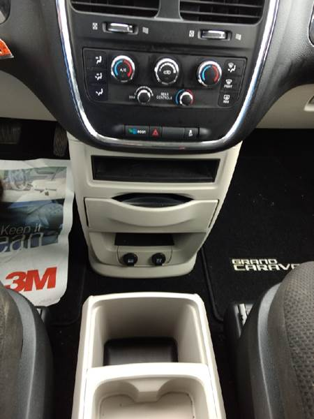 2013 Dodge Grand Caravan SE 4dr Mini-Van - Manton MI