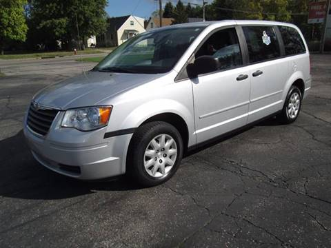 2008 Chrysler Town and Country for sale in Lorain, OH