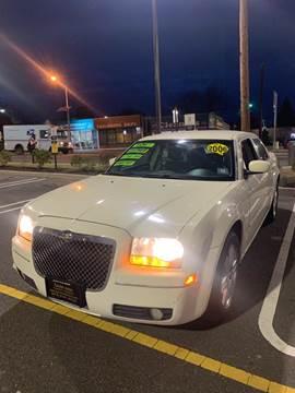 2005 Chrysler 300 for sale in Irvington, NJ