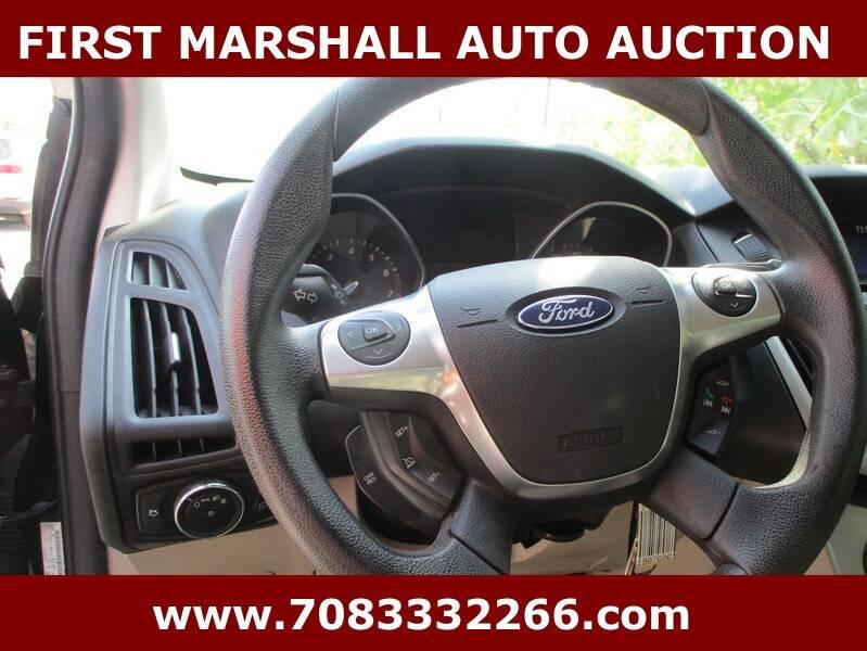 2013 Ford Focus SE 4dr Hatchback - Harvey IL