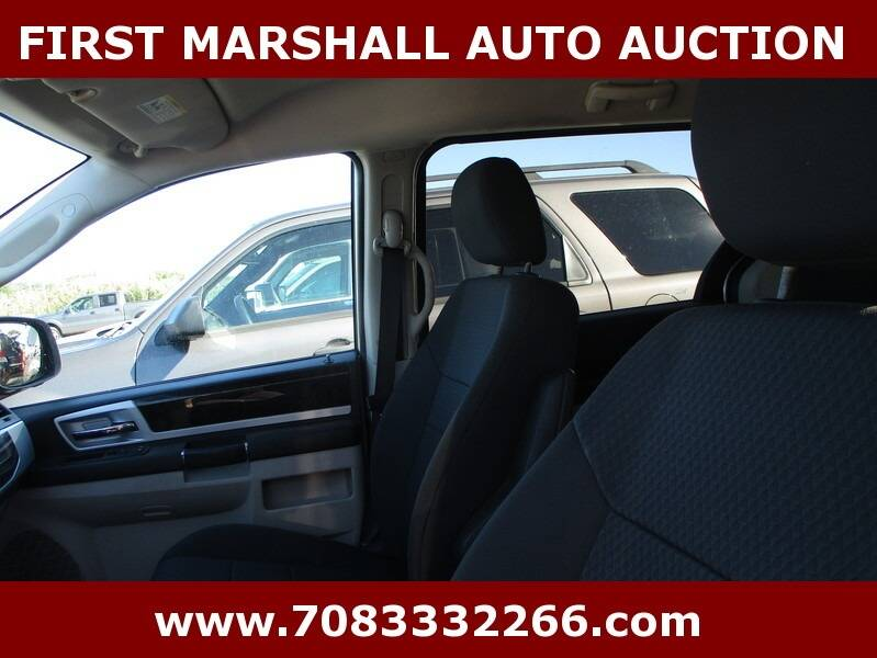 2010 Dodge Grand Caravan SXT 4dr Mini-Van - Harvey IL