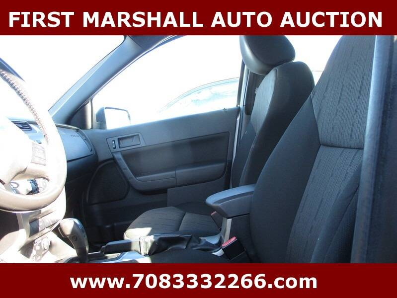 2010 Ford Focus SE 4dr Sedan - Harvey IL
