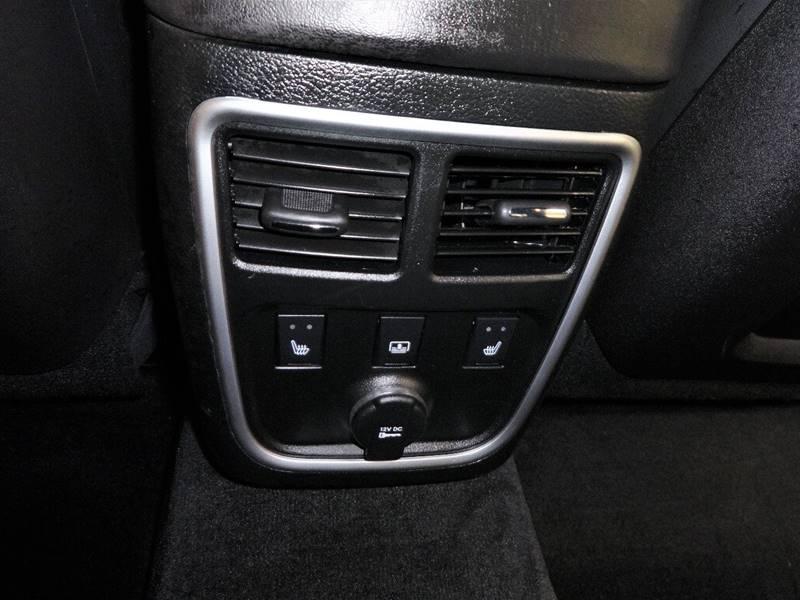 2014 Chrysler 300 AWD C 4dr Sedan - Amelia OH