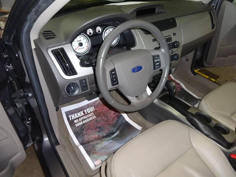 2011 Ford Focus SEL 4dr Sedan - Amelia OH