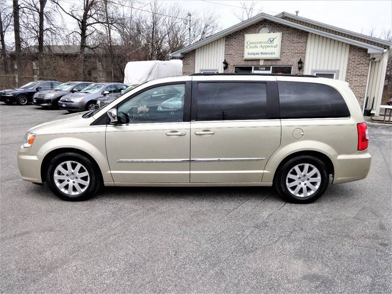 2011 Chrysler Town and Country Touring-L 4dr Mini-Van - Amelia OH