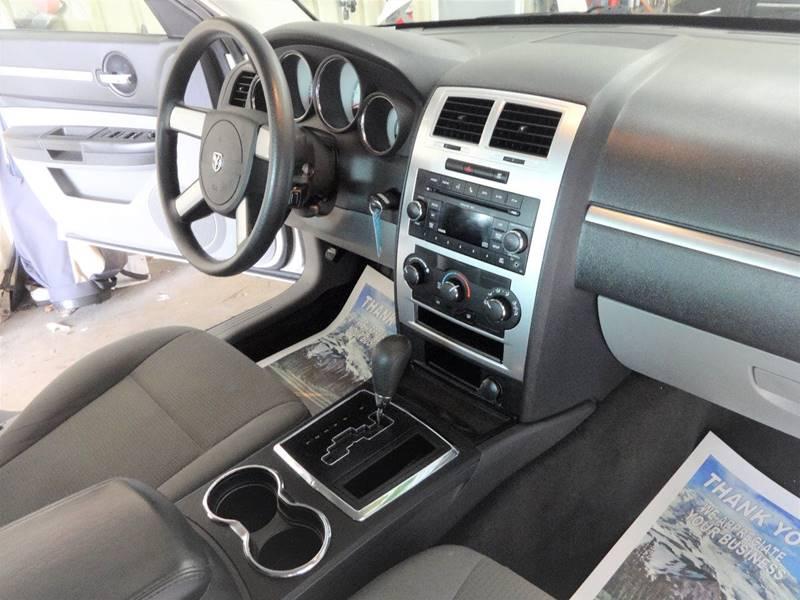2010 Dodge Charger SXT 4dr Sedan - Amelia OH