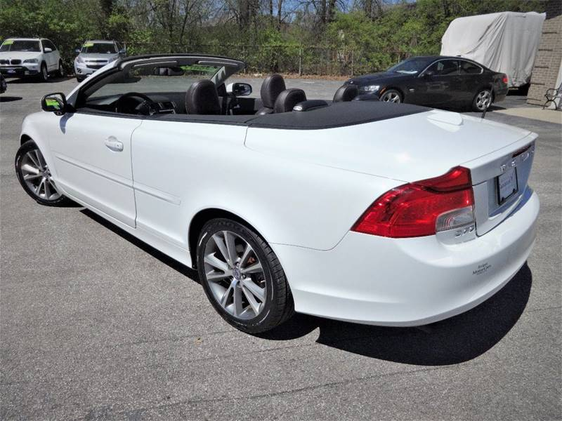 2011 Volvo C70 T5 2dr Convertible - Amelia OH