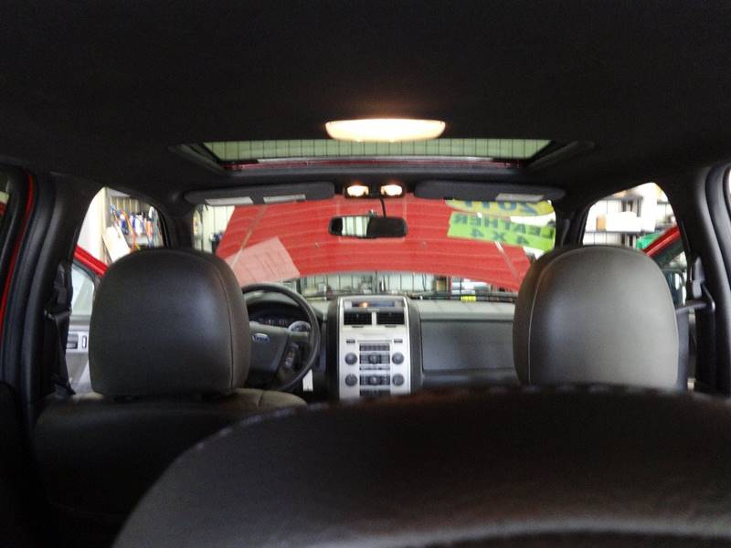 2011 Ford Escape AWD XLT 4dr SUV - Amelia OH