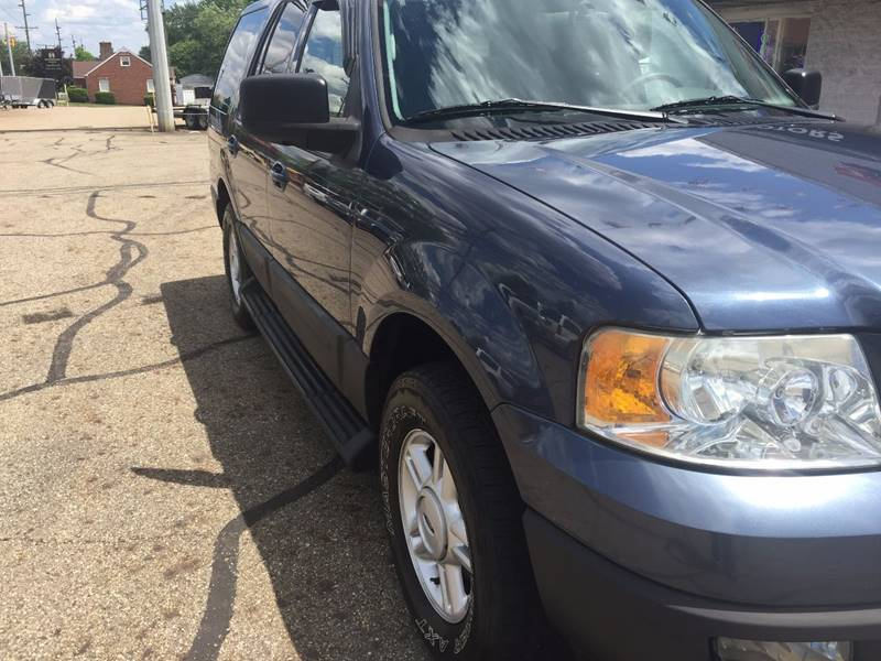 2005 Ford Expedition XLT 4WD 4dr SUV - Canton OH