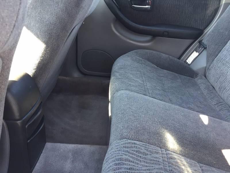 2000 Subaru Outback AWD 4dr Wagon - Canton OH