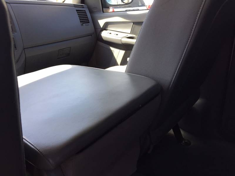 2007 Dodge Ram Pickup 1500 SLT 4dr Quad Cab 4WD SB - Canton OH