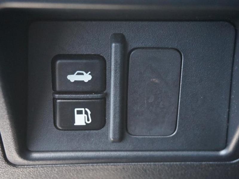 2006 LEXUS IS 250 BASE 4DR SEDAN WAUTOMATIC silver rear head air bagclimate control4-wheel abs