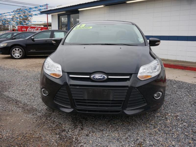 2013 FORD FOCUS SE 4DR SEDAN tuxedo black metallic gasoline fuelrear parking aidrear spoilerre
