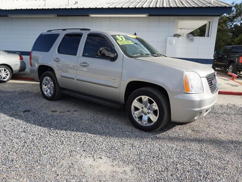 2007 GMC YUKON 1500 SLT 2WD gold mist metallic tires - rear all-seasonstability controlsplit be