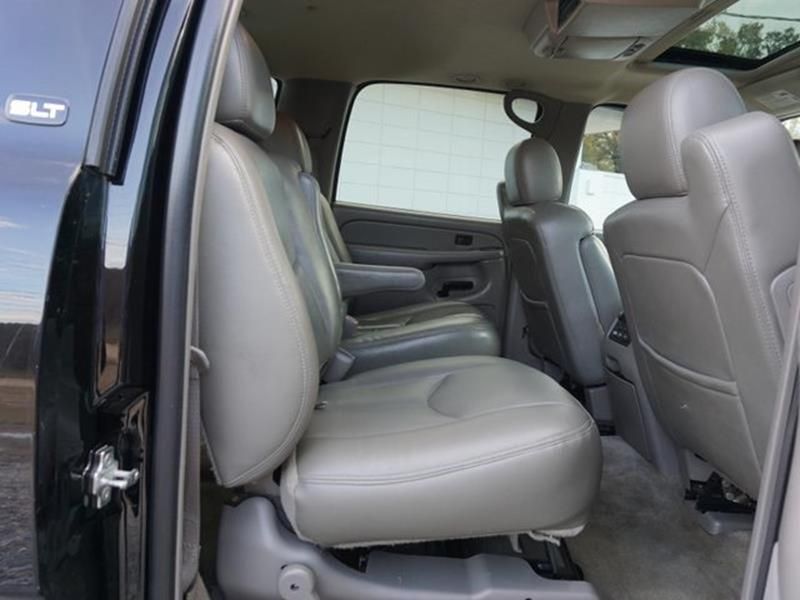 2004 GMC YUKON XL 1500 SLT 4DR SUV onyx black tire pressure monitorrear reading lampspassenger