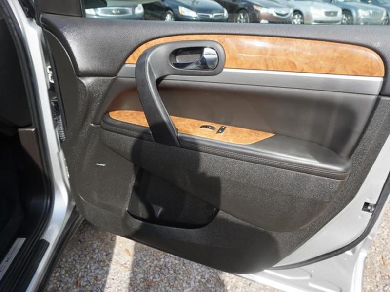 2012 BUICK ENCLAVE LEATHER 4DR SUV quicksilver metallic auxiliary audio inputpower tiltsliding