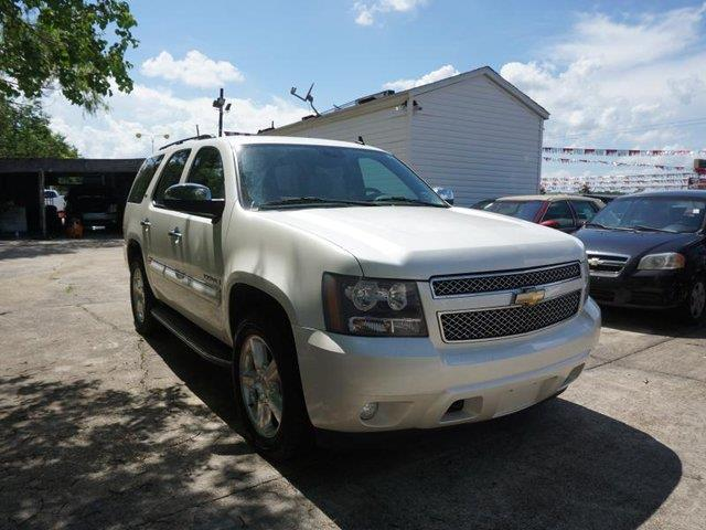 2008 CHEVROLET TAHOE LTZ 4WD white diamond tricoat passenger air bag sensorpower folding mirrors