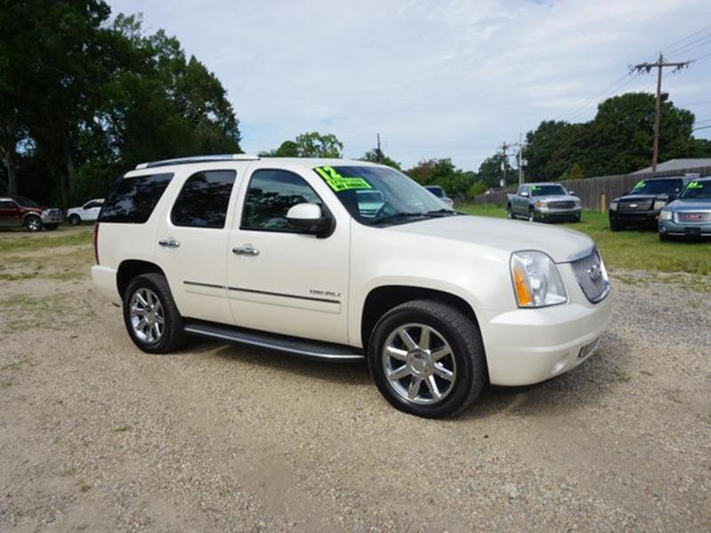 2012 GMC YUKON DENALI 4X2 4DR SUV white diamond auxiliary audio inputpower liftgateremote engin
