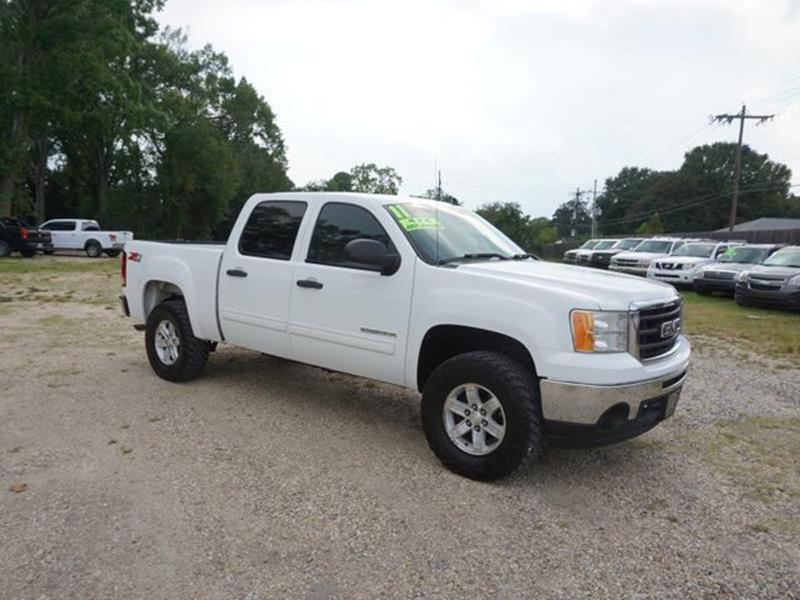 2011 GMC SIERRA 1500 SLE 4X4 4DR CREW CAB 58 FT SB summit white power driver seatauxiliary aud