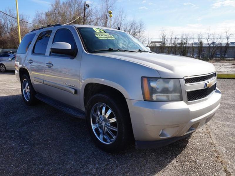 2009 CHEVROLET TAHOE LT 2WD silver birch metallic front head air bagrear head air bagamfm ster