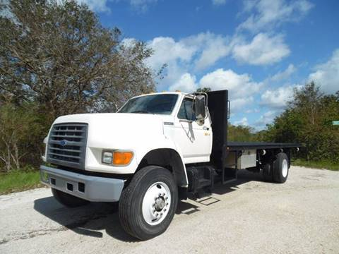 1997 Ford F-800 for sale in Lake Placid, FL
