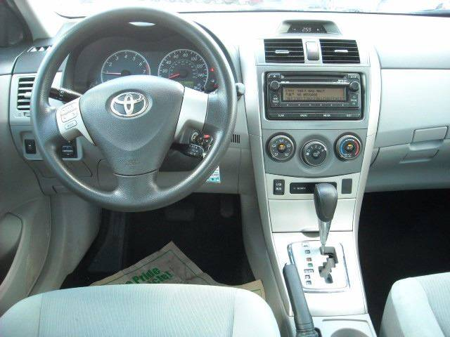 2012 Toyota Corolla LE 4dr Sedan 4A - Meridian MS