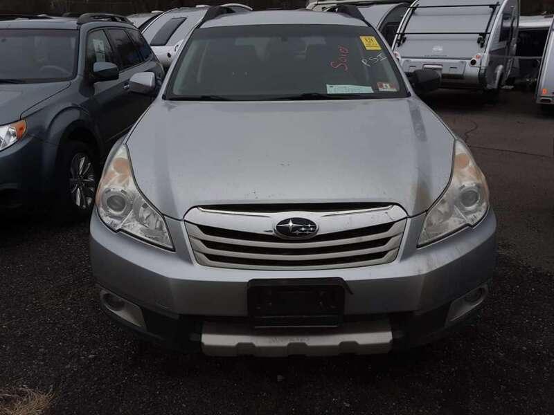 2012 Subaru Outback 2.5i Limited (image 4)