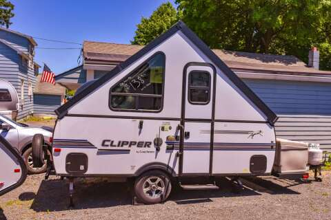2018 Coachmen Clipper FC Hardside