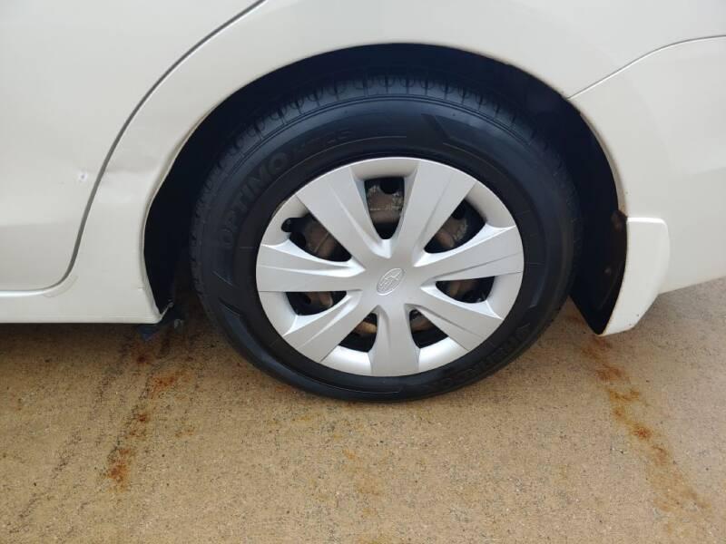 2012 Subaru Impreza 2.0i (image 28)